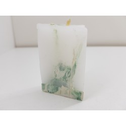 Маленькая треугольная свеча...