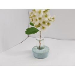 Vase for flowers made of concrete and glass Vase made of concrete and glass Vase shoes A vase in the form of a shoe